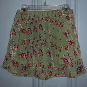 Dresses & Skirts - Size XS - Floral Skirt